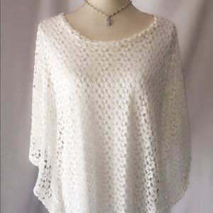 Tops - Beautiful White Lace Blouse fully lined
